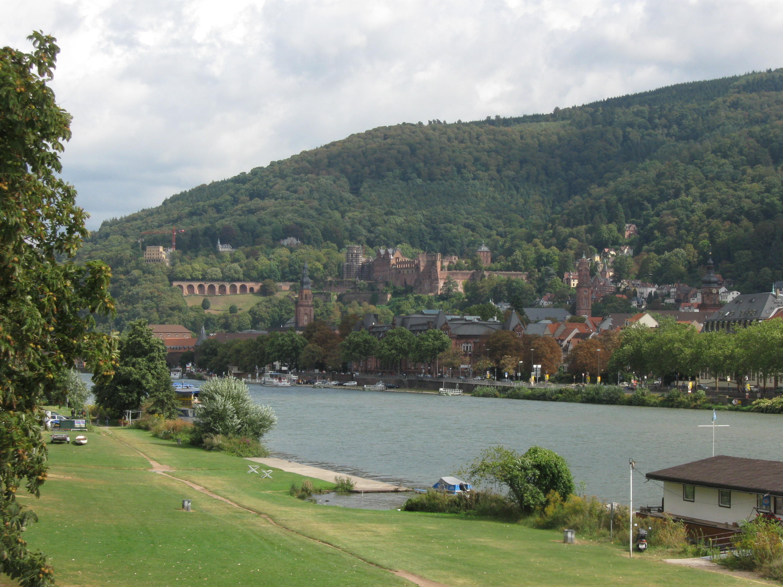 Heidelberg Schloss from the Theodor-Heuss Bridge (new bridge)