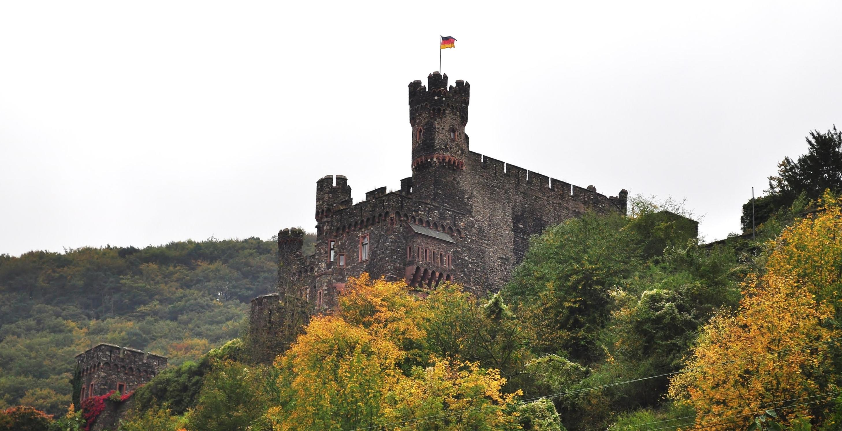 castles-on-the-rhine_2010_10_001
